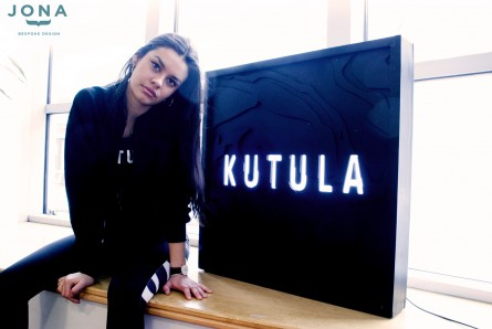 Kutula - Custom Light box